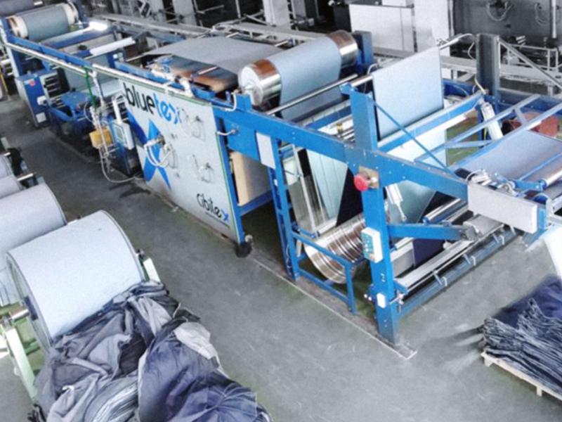 BlueTEX: finishing/sanforizing machine for denim fabrics